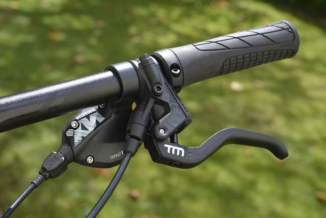 best mtb grips for numbness